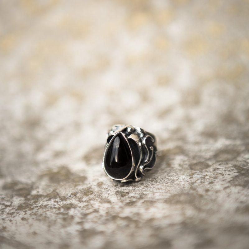 Obsidian Ring | Belle Femme