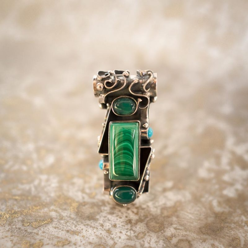 Malachite Pendant with Sirian design of Lightening